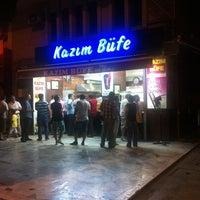 6/28/2013 tarihinde Gokhan I.ziyaretçi tarafından Kazım Büfe'de çekilen fotoğraf