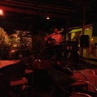 Foto diambil di Decky Bar oleh Manuela F. pada 10/25/2012