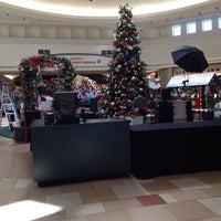Das Foto wurde bei Ocean County Mall von DJ LIL JOE am 11/3/2014 aufgenommen