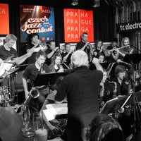 Foto tomada en Reduta Jazz Club por Reduta Jazz Club el 9/10/2013