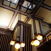 รูปภาพถ่ายที่ Frank Lloyd Wright's Unity Temple โดย Dean H. เมื่อ 12/23/2013