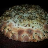 Foto tirada no(a) Pizza Do Rapha por Raphael M. em 11/22/2012