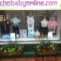 รูปภาพถ่ายที่ Psychobaby Custom Shop โดย Psychobaby Custom Shop เมื่อ 2/28/2014