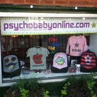 Снимок сделан в Psychobaby Custom Shop пользователем Psychobaby Custom Shop 2/28/2014