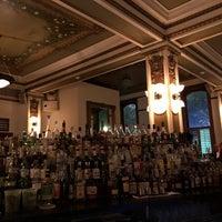 Foto tirada no(a) Public Services Wine & Whiskey por Rainman em 8/25/2018
