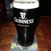 Foto tirada no(a) The Chieftain Irish Pub & Restaurant por Dan M. em 5/15/2013