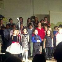 Das Foto wurde bei Holy Cross Lutheran Church von Wendy &. am 12/20/2012 aufgenommen