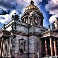Снимок сделан в Исаакиевская площадь пользователем Irina K. 7/14/2013