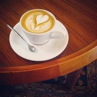 6/14/2013에 Nathan G.님이 Intelligentsia Coffee에서 찍은 사진