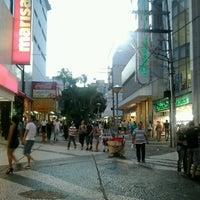 c822e04ac ... Foto tirada no(a) Calçadão de São José do Rio Preto por Bruno e ...