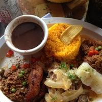 รูปภาพถ่ายที่ El Meson de Pepe Restaurant & Bar โดย Nadia Massiel N. เมื่อ 1/6/2013