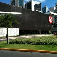 รูปภาพถ่ายที่ Shopping Recife โดย Cristiano C. เมื่อ 4/4/2013