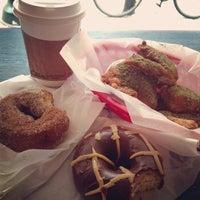 Photo prise au Federal Donuts par Zeke le5/15/2013