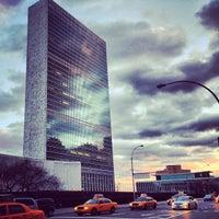 Das Foto wurde bei Vereinte Nationen von mauricio v. am 12/22/2012 aufgenommen