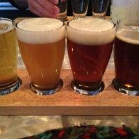 Foto scattata a Top Hops da Angela R. il 3/2/2013