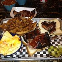 Photo prise au Community Q BBQ par Gordon W. le11/19/2012
