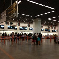 Foto scattata a Aeroporto Internacional de Brasília / Presidente Juscelino Kubitschek (BSB) da Milton L. il 11/30/2012