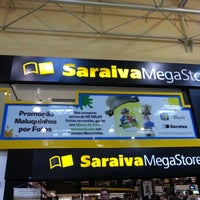 10/14/2012 tarihinde Diogo C.ziyaretçi tarafından Saraiva MegaStore'de çekilen fotoğraf