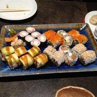 2/6/2013 tarihinde Muge M.ziyaretçi tarafından SushiCo'de çekilen fotoğraf
