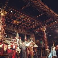 Foto tirada no(a) Shakespeare's Globe Theatre por Amber em 9/18/2014