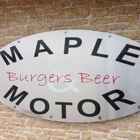รูปภาพถ่ายที่ Maple & Motor โดย Michael N D. เมื่อ 1/5/2013