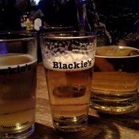 Photo prise au Blackie's South Loop par Serafin L. le12/13/2012
