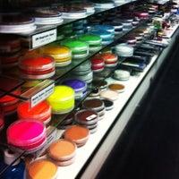 10/22/2012 tarihinde Ederziyaretçi tarafından Nigel's Beauty Emporium'de çekilen fotoğraf
