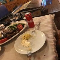 Photo prise au Gölköy Restaurant par Blackcat 🐾🐈 le11/16/2018