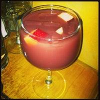 Снимок сделан в Tasca Spanish Tapas Restaurant & Bar пользователем Yvonne L. 1/29/2013