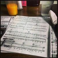 Foto scattata a Betty's Restaurant da Tony M. il 4/7/2013