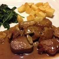Foto scattata a A Taberna Restaurante da regueiro j. il 2/17/2013