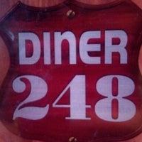 Foto scattata a Diner 248 da Christine F. il 12/13/2012