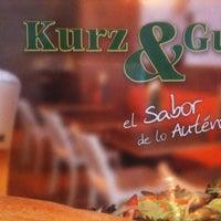 Foto tomada en Kurz & Gut por Marcos V. el 12/17/2012