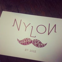 Foto diambil di Nylon Coffee Roasters oleh Jin Jie K. pada 11/24/2012
