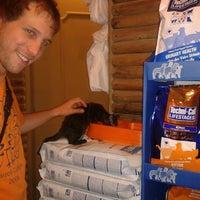 Das Foto wurde bei Outlet Mascotas von Renata B. am 11/20/2012 aufgenommen