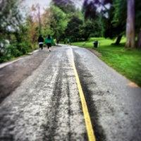 Das Foto wurde bei Green Lake Park von Luxury M. am 5/30/2013 aufgenommen
