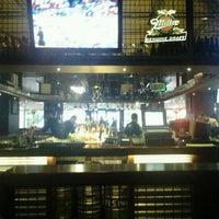 Foto scattata a Efes Sports Pub da Gokhan C. il 4/17/2013