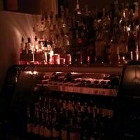 Photo prise au Whisky Café par Samir D. le11/18/2012