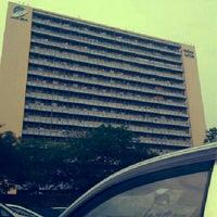 Foto diambil di Jabatan Ukur Dan Pemetaan Malaysia (JUPEM) oleh Ridzuan H. pada 9/18/2012