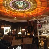 Das Foto wurde bei Hotel Vier Jahreszeiten Kempinski von Lazali am 1/16/2013 aufgenommen