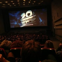 Снимок сделан в Кинотеатр «Украина» пользователем Olia T. 11/15/2012