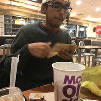 11/29/2017 tarihinde Shivani S.ziyaretçi tarafından McDonald's'de çekilen fotoğraf