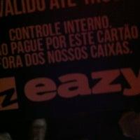 Das Foto wurde bei Eazy Club von Arnaldo L. am 11/13/2012 aufgenommen