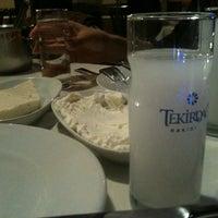 Foto diambil di Abbas Restaurant oleh Müge B. pada 11/3/2012