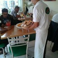 Foto tomada en El Regreso (Enchiladas) por Libia B. el 11/8/2012