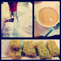 4/19/2013 tarihinde Mandy B.ziyaretçi tarafından Milano Coffee'de çekilen fotoğraf