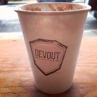 2/9/2014 tarihinde Stuart R.ziyaretçi tarafından Devout Coffee'de çekilen fotoğraf