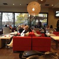 12/1/2012 tarihinde Eliz K.ziyaretçi tarafından Flocafé'de çekilen fotoğraf