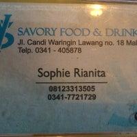 Foto tomada en Savory Food & Drinks por Beni K. el 7/26/2013