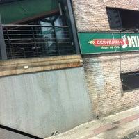 Foto tirada no(a) Devassa Savassi por Pablo P. em 10/19/2012